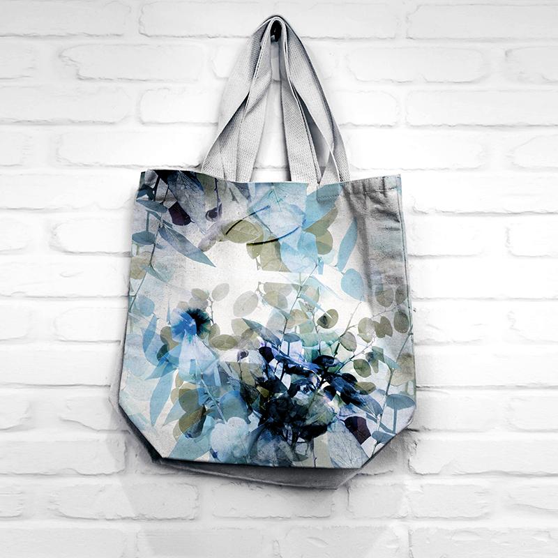 print design by MACREATE on shopping bag