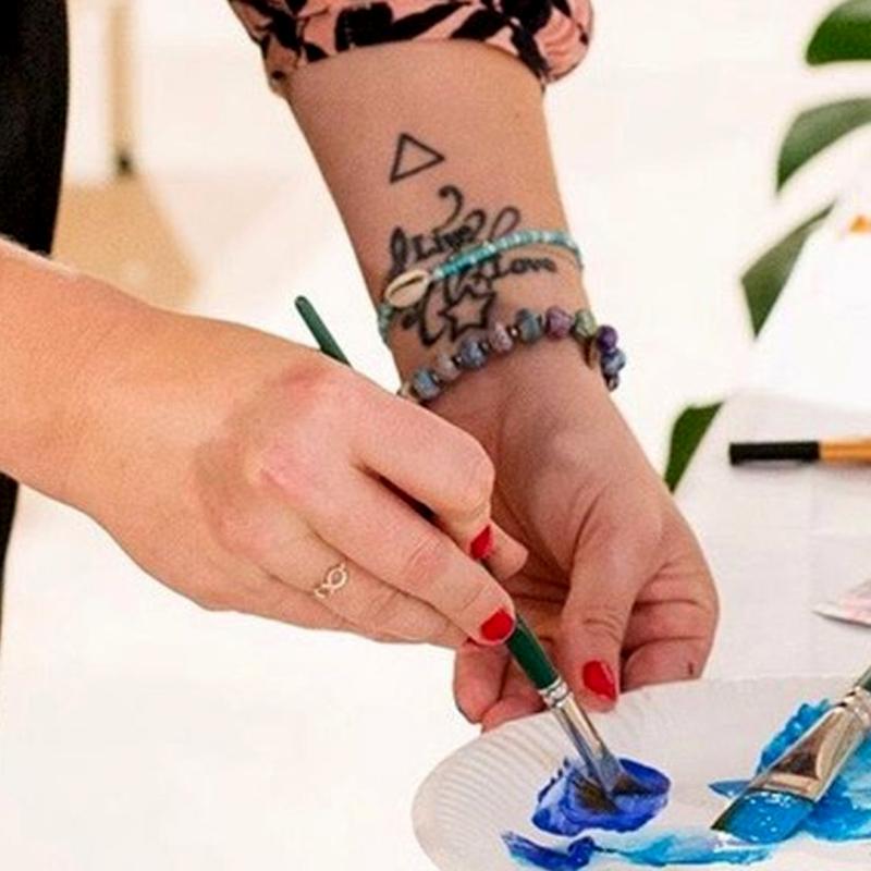 MACREATE Vera Machourek at work painting with colors